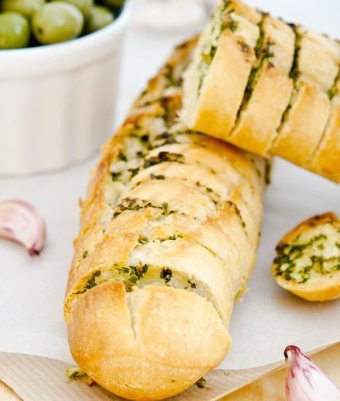 Pan de ajo con Aceite de Oliva con mantequilla