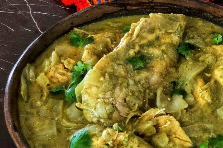 Pollo al Curry de Pistacho con Aceite de Chile Verde