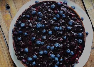 Cheesecake con Balsámico Oscuro con Moras Azules